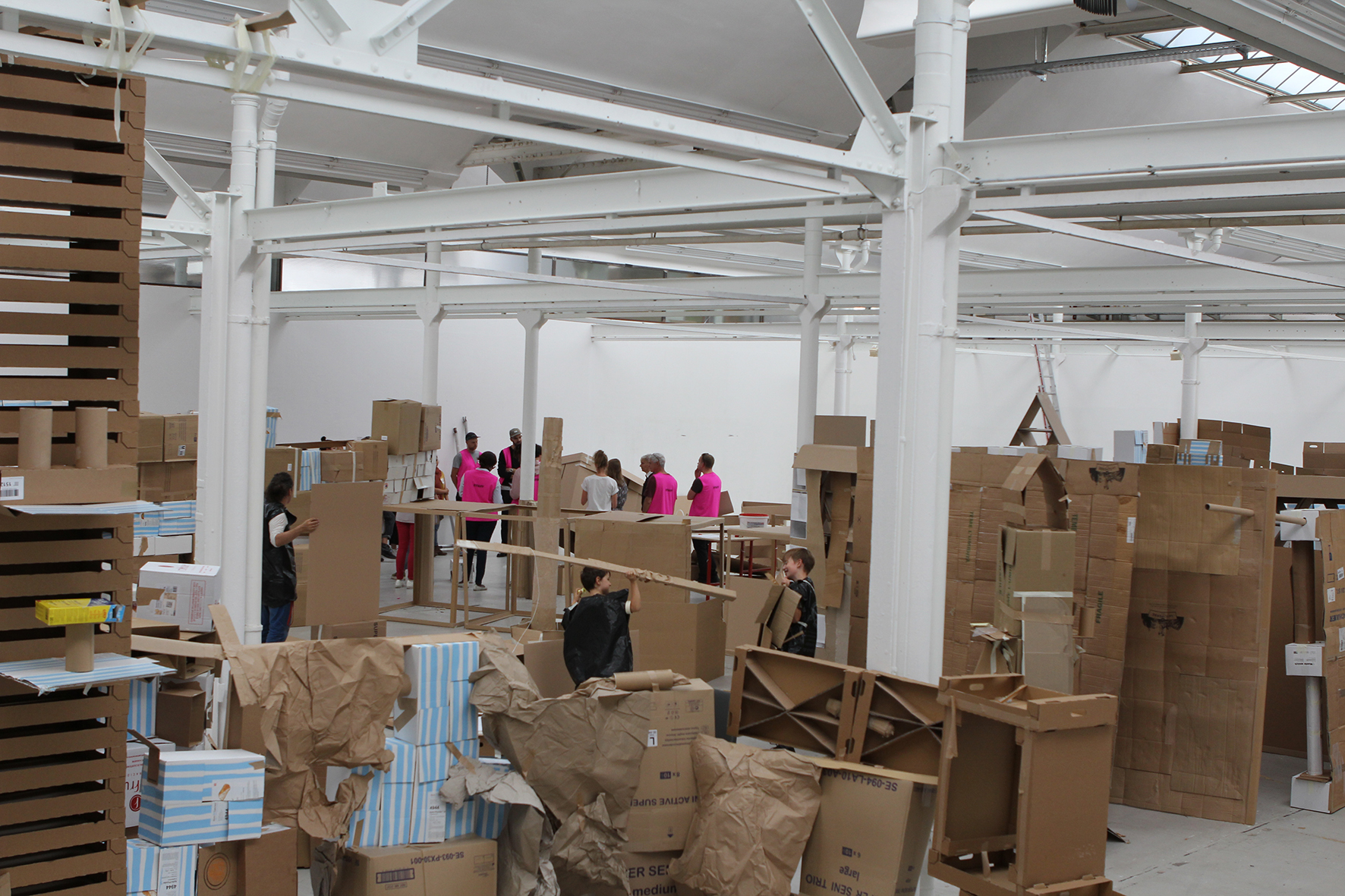 4- View of the exhibition 13m3 Sand (February - April 2019) Shedhalle, Zürich.jpg